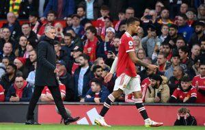 Trăm năm lịch sử, chưa bao giờ Man Utd thua Liverpool đau đớn đến thế - 1